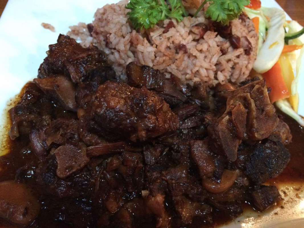 10 Dishes Every Jamaican Should Know How to Cook ...
