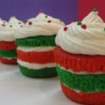 20 Cute and Sweet Christmas Cupcakes - Style Motivation