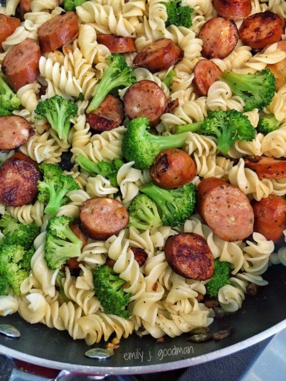 21 Day Fix Pasta with Broccoli & Chicken Sausage | Recipes ...
