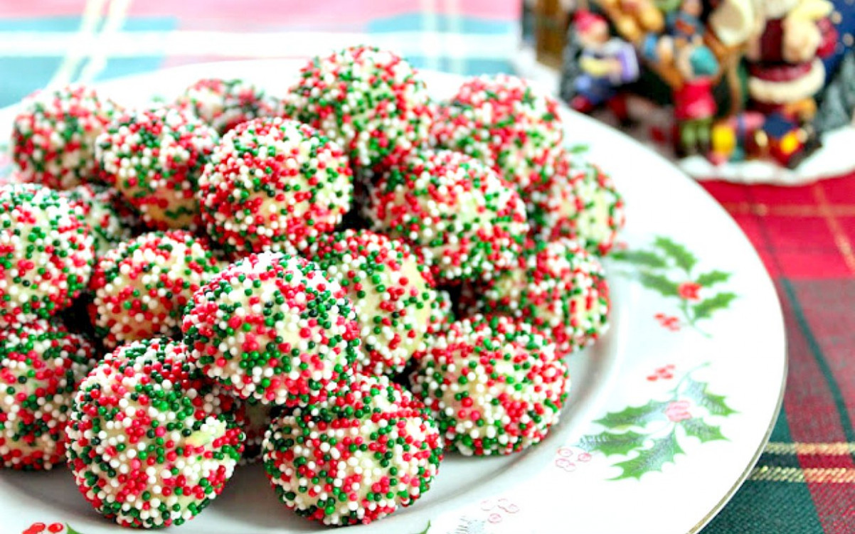 25 of the Most Festive Looking Christmas Cookies Ever