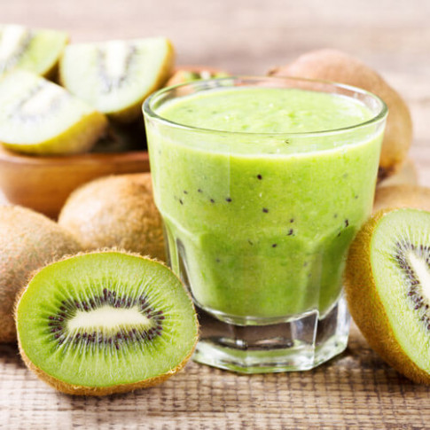 3 Smoothie Recipes To Make You Look Good & Feel Good
