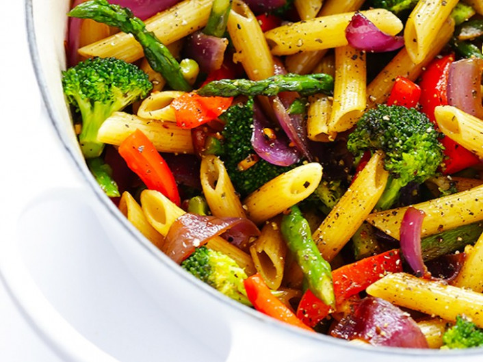 9 Pasta Recipes With at Least Two Servings of Vegetables ...