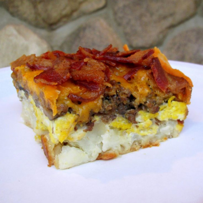 A manly Breakfast Casserole - potatoes, bacon, mushrooms ...