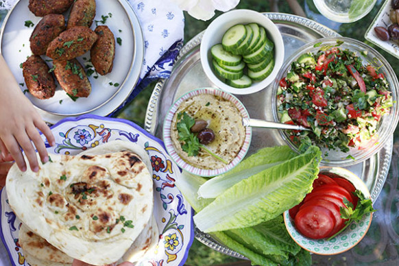 A Simple Middle Eastern Dinner with An Edible Mosaic ...