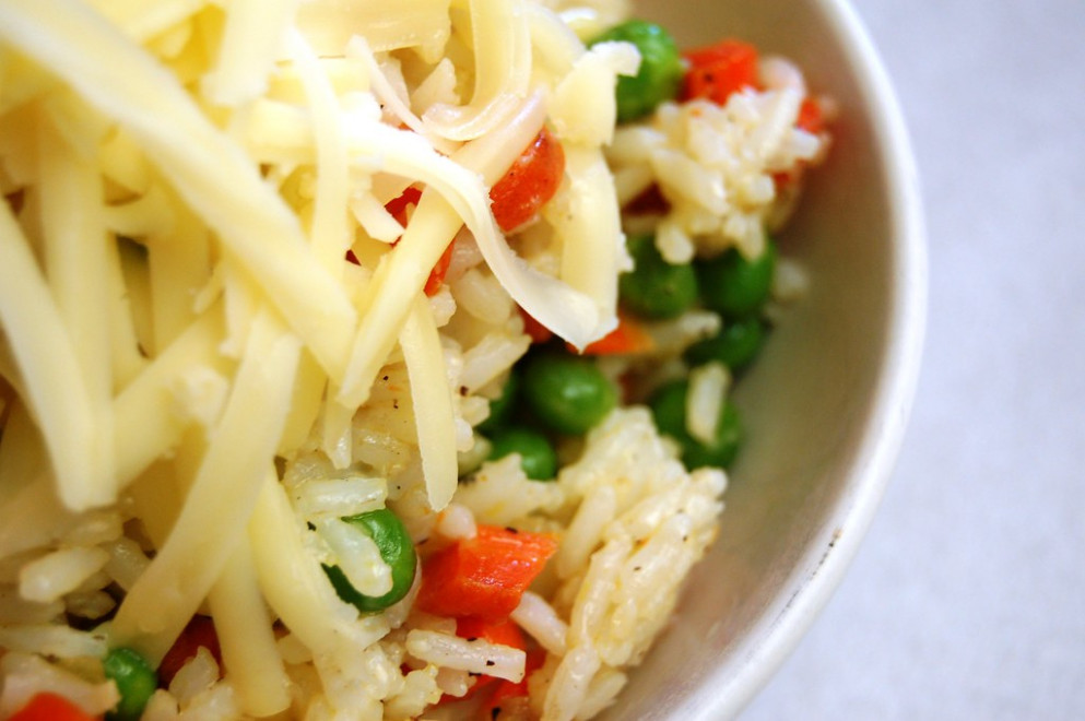 a simple real food recipe :: lunch time staples :: veggie rice bowls