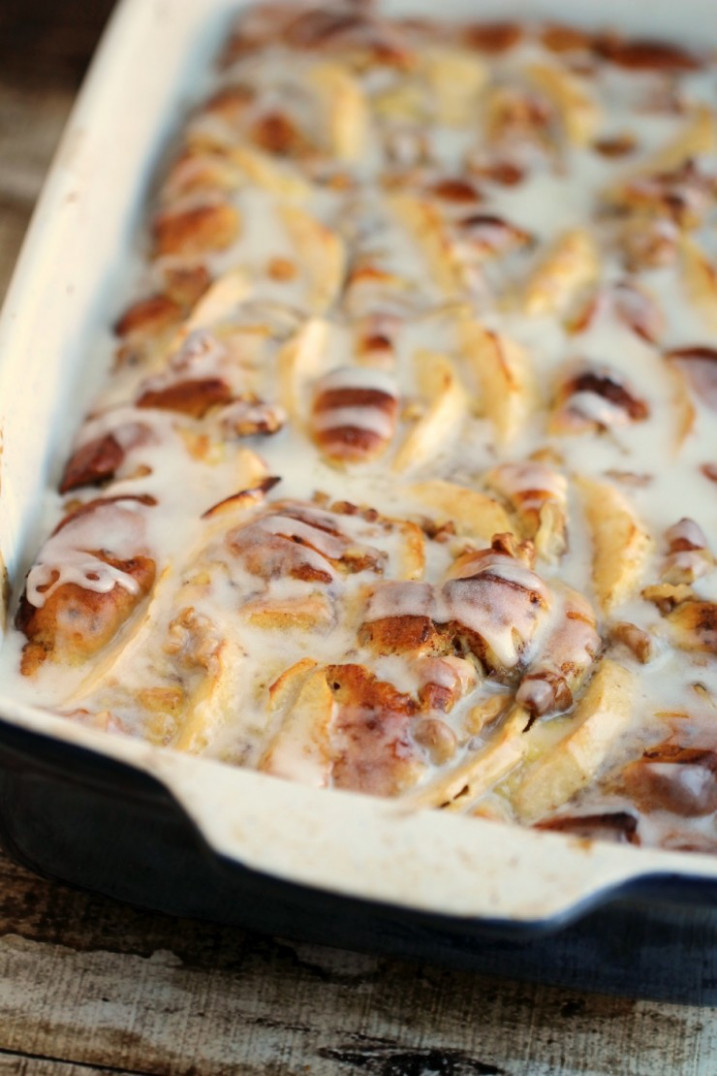 Apple Cinnamon Roll French Toast Bake - Frugal Mom Eh!