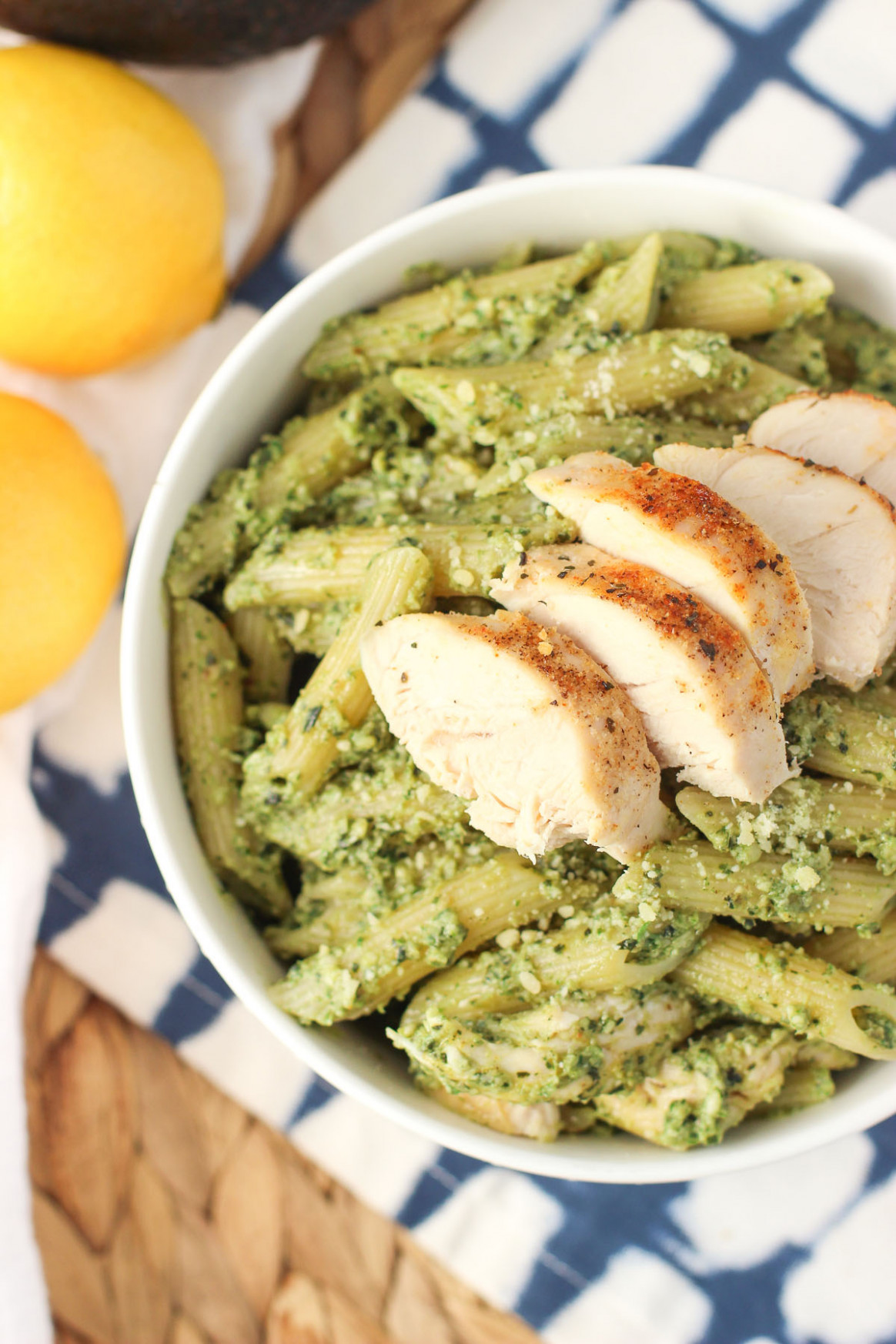 Avocado Pesto Pasta With Chicken