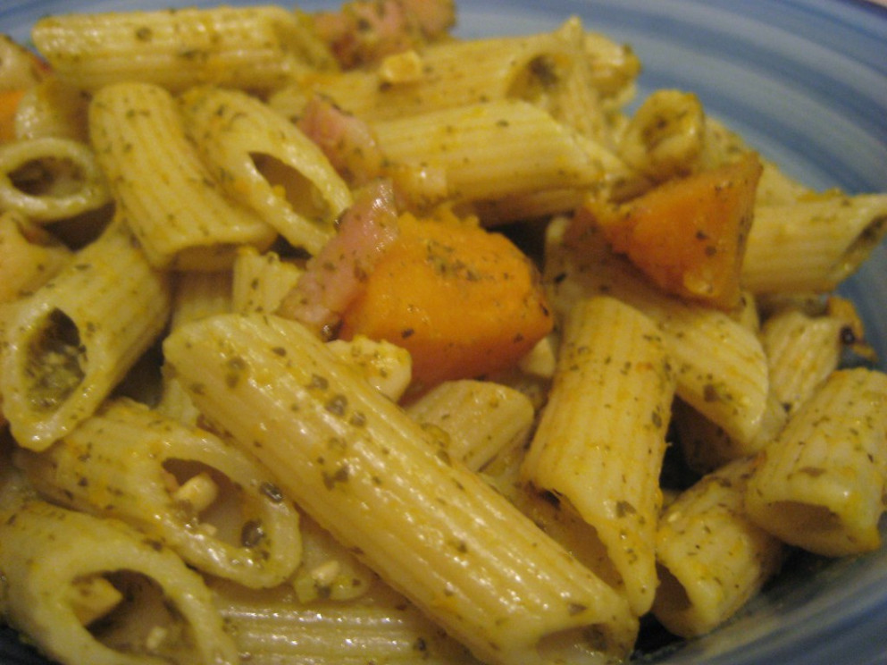 Bacon & Pumpkin Pesto Pasta
