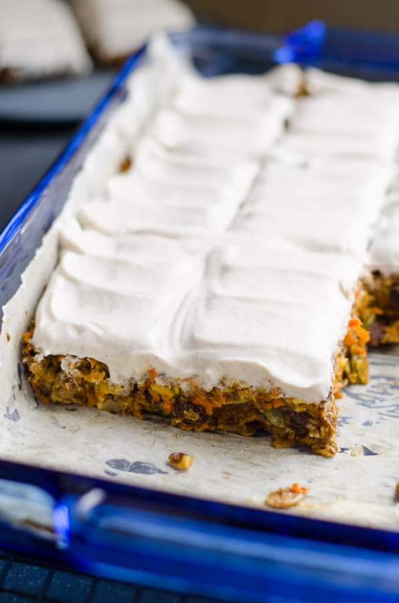 Baked Oatmeal Breakfast Bars with Carrots - iFOODreal ...