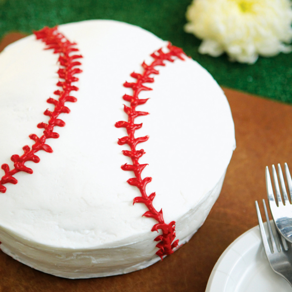 Batter-Up Baseball Cake - Rachael Ray Every Day
