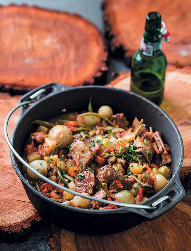 Beef, Bacon and Beer Potjie