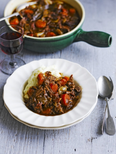 beef-casserole-recipes-jamie-oliver