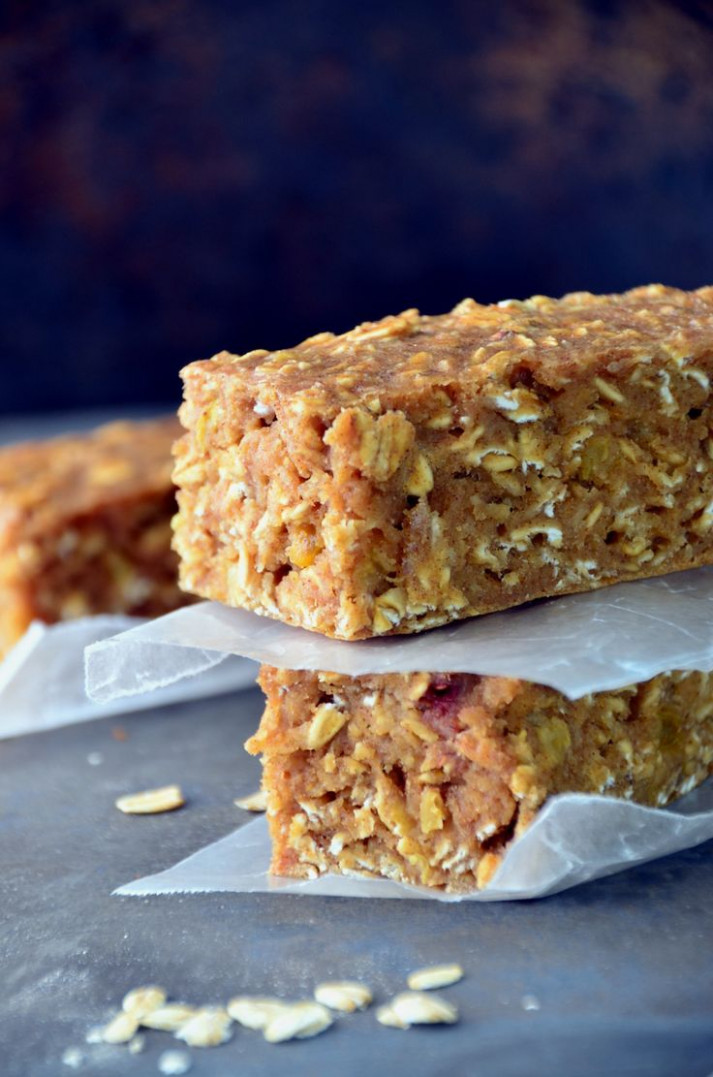 Best 25+ Oatmeal breakfast bars ideas on Pinterest ...