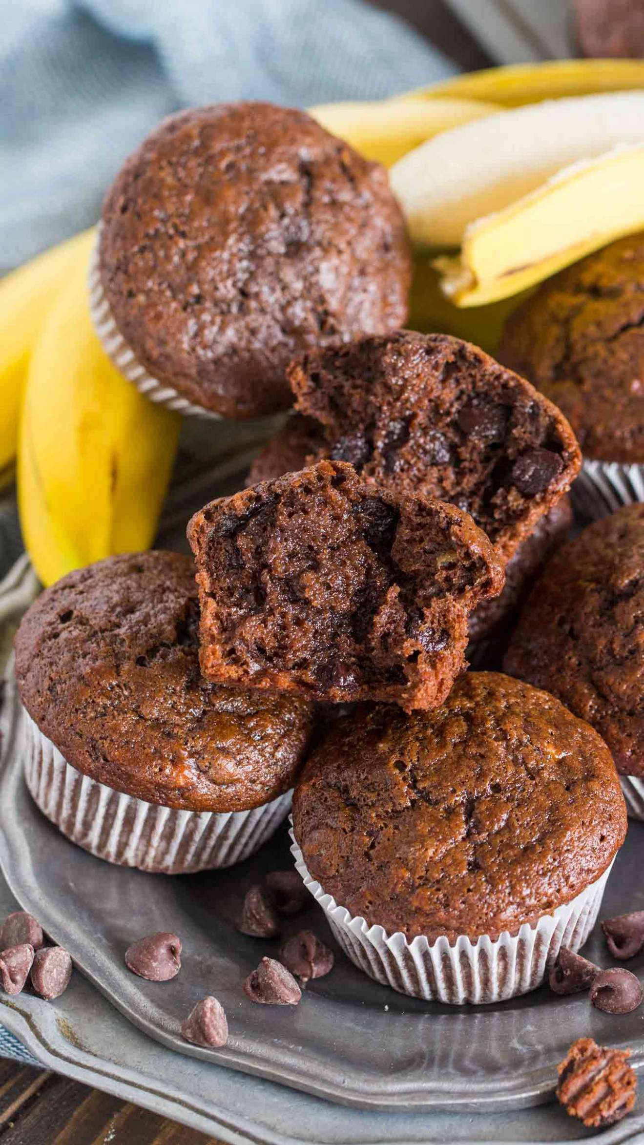 Best Chocolate Banana Muffins [VIDEO] - Sweet and Savory Meals