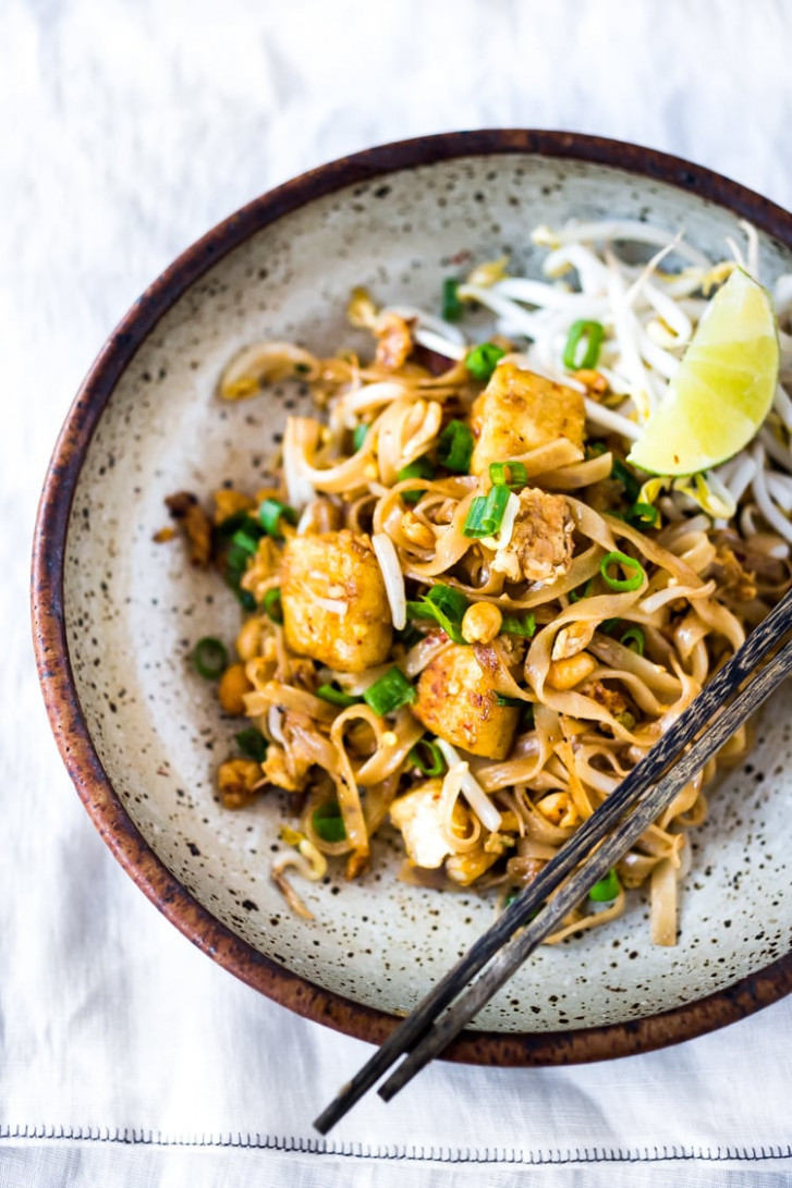 BEST-EVER Pad Thai Recipe!   Feasting at Home