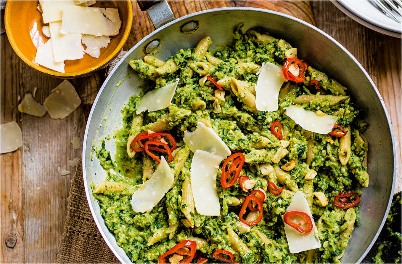 Broccoli Pesto Pasta Recipe | Healthy Recipes | Tesco Real ...