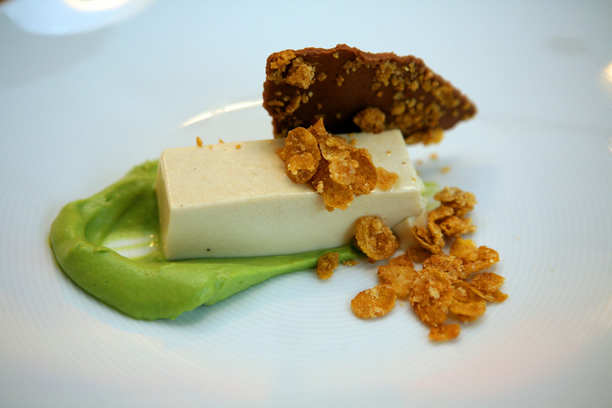 Cereal-Milk Panna Cotta With Caramelized Corn Flake Crunch ...