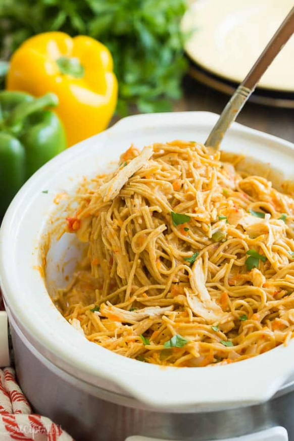 Cheesy Crockpot Chicken Spaghetti Recipe + VIDEO - The ...