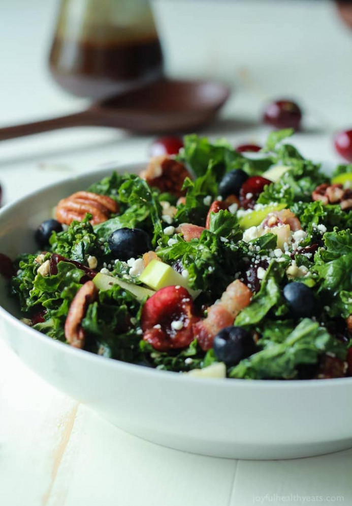 Cherry Summer Kale Salad with Balsamic Vinaigrette | Easy ...