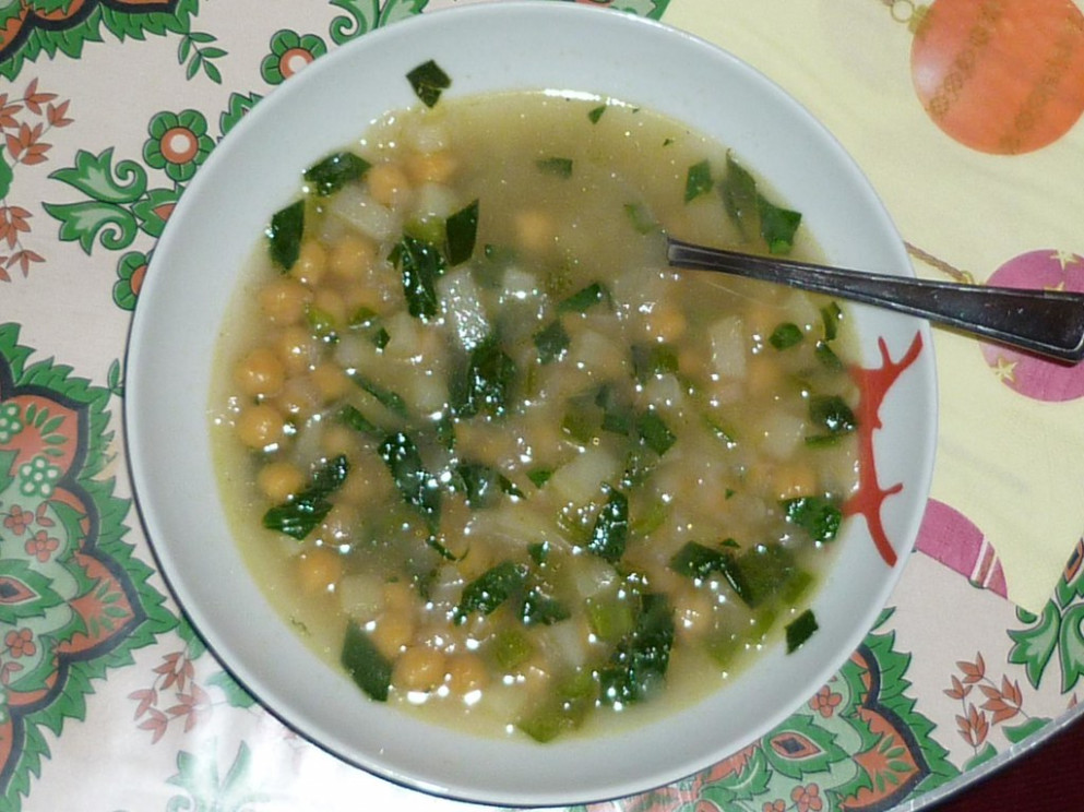 Chick Pea And Spinach Soup