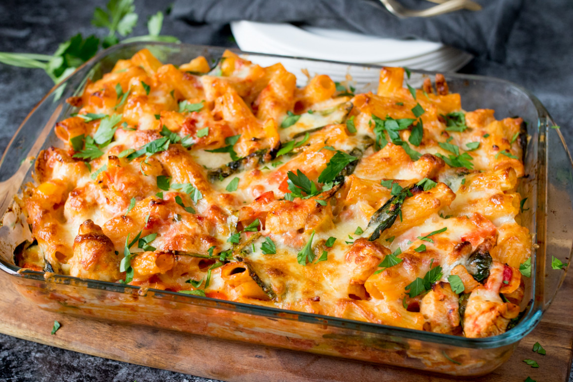 Chicken Bacon and Spinach Cheesy Pasta Bake Recipe