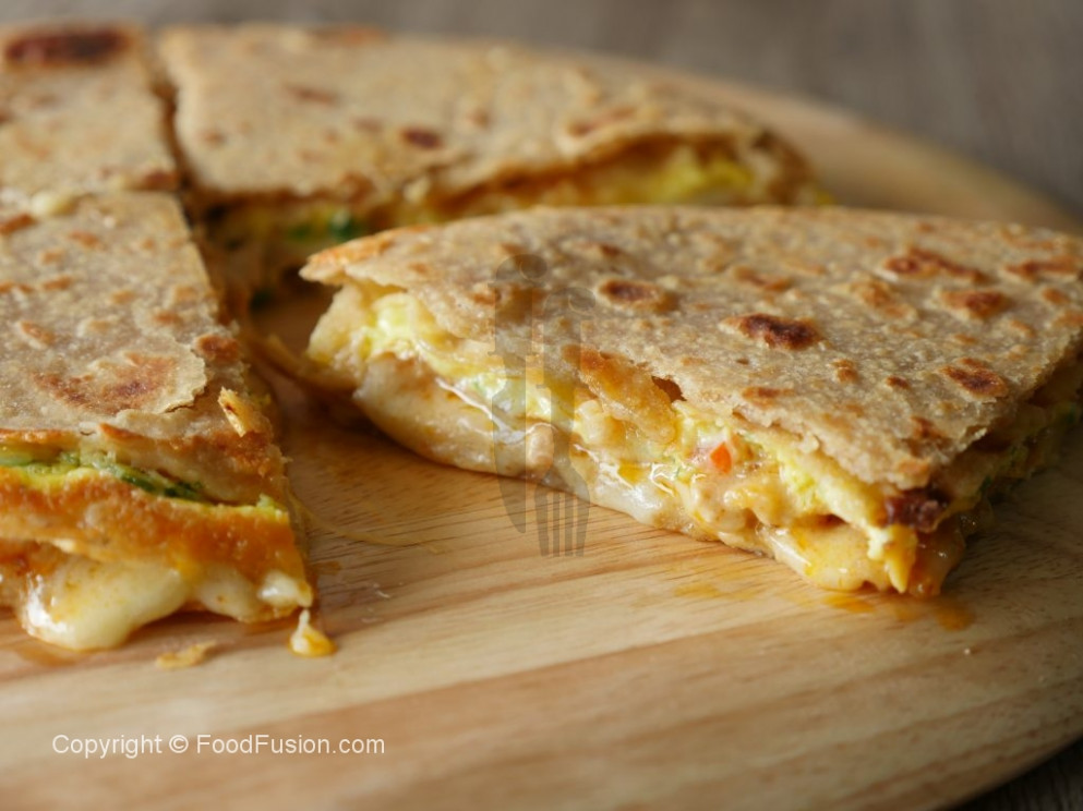Chicken & Cheese Quesadillas With Flat Bread – Food Fusion
