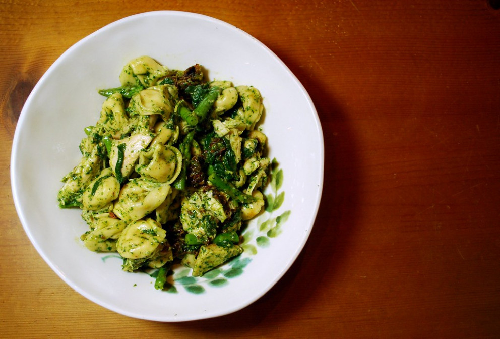 Chicken Garden Pesto Tortellini