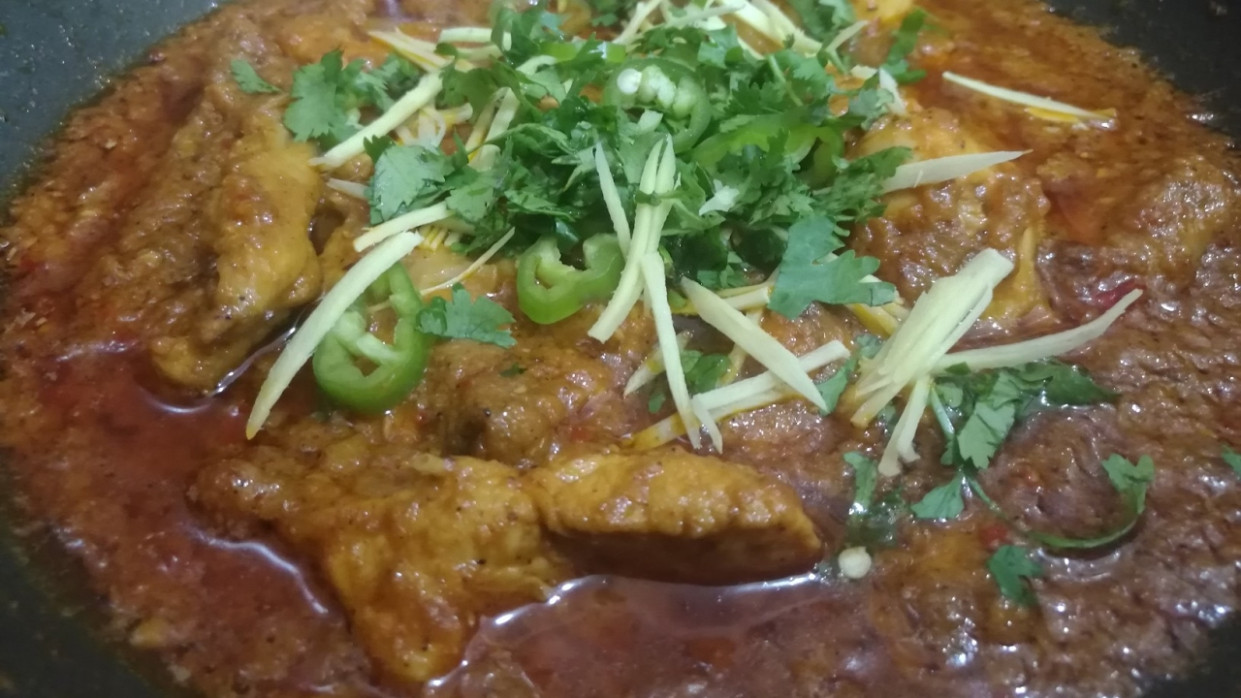 CHICKEN KARAHI RECIPE (LAHORI STYLE) in Urdu/Hindi - YouTube