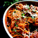 Chicken & Mushroom Spaghetti in Spicy Red Wine Tomato ...