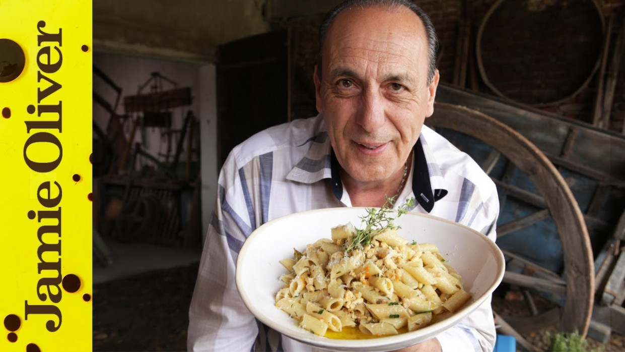 Chicken Ragu Bianco | Gennaro Contaldo - YouTube