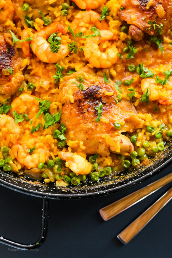 Chicken Thighs and Shrimp Paella Recipe - Munchkin Time