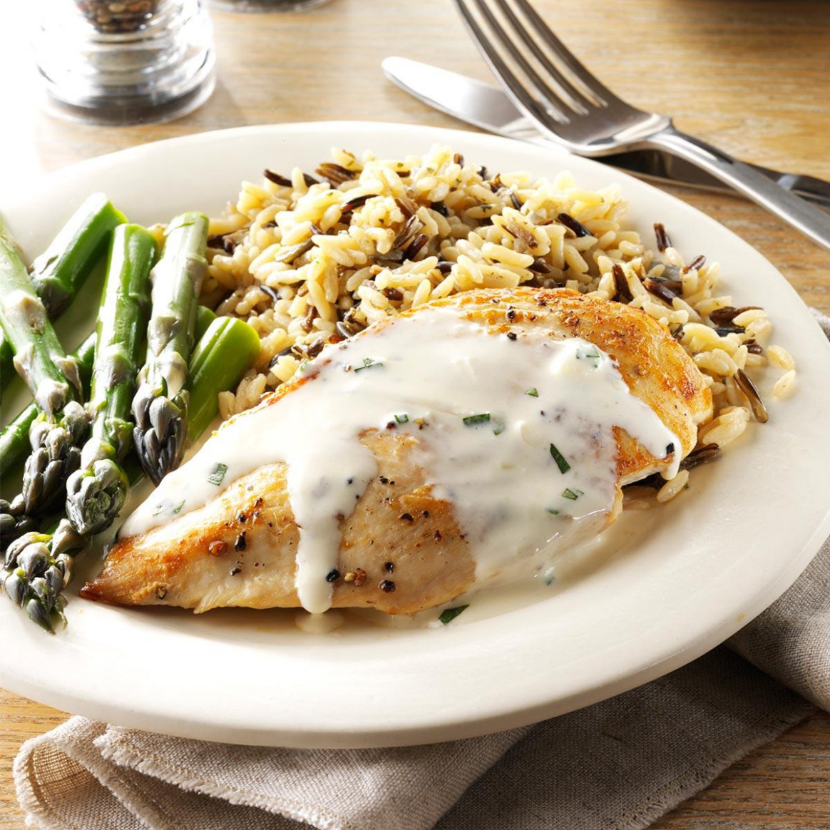 Chicken With Tarragon Sauce