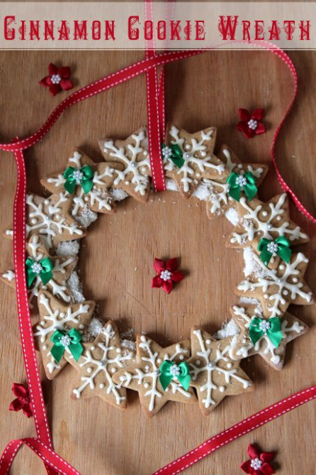 Cinnamon Cookie Christmas Wreath @ Not Quite Nigella