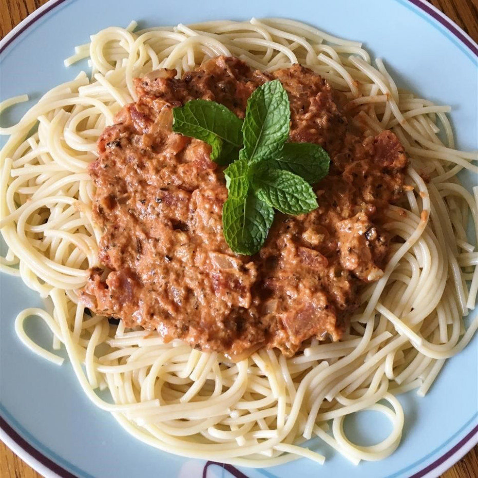Creamy Tomato and Oregano Pasta Sauce recipe - All recipes UK