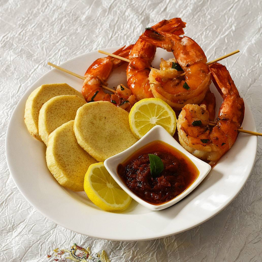 Dinner Recipes: Skewered Prawns with Fried Yam Recipe ...