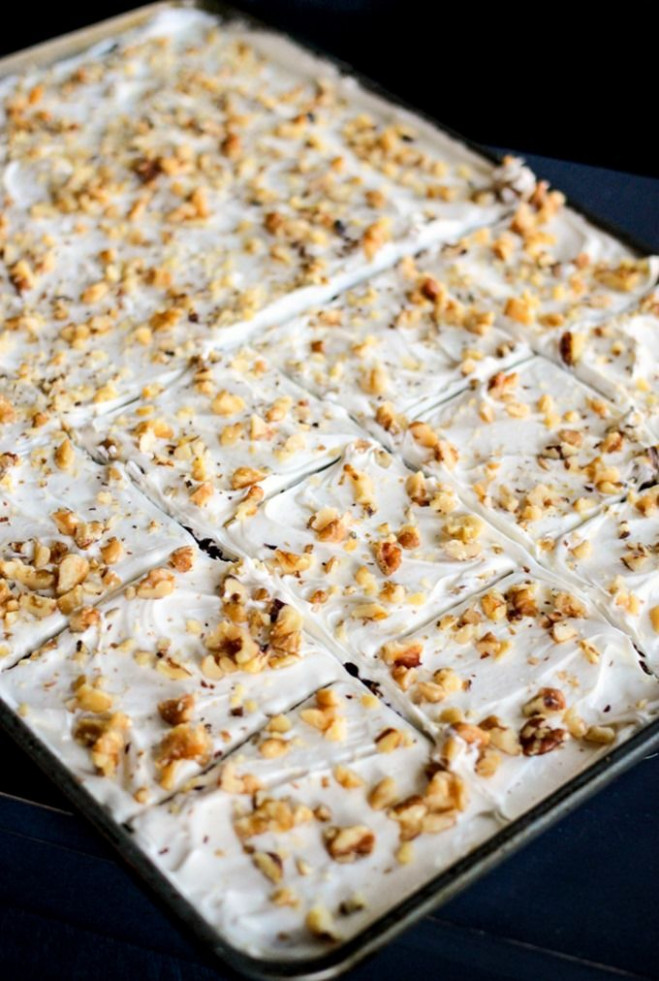 Easy Carrot Cake Squares are a simple and delicious ...