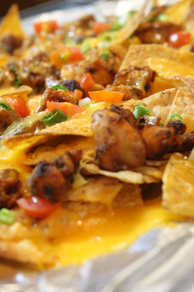 Easy Grilled Chicken Nachos | I Heart Recipes