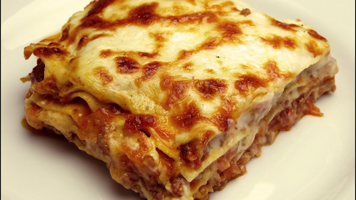 Easy Lasagna Recipe with Bechamel Sauce - YouTube