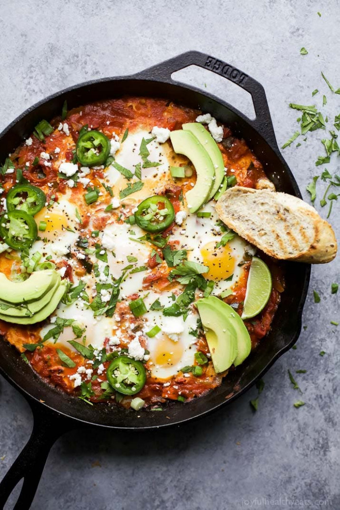 Easy One Pot Mexican Shakshuka | Easy Healthy Recipes