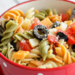 Easy Pasta Salad Recipe With Italian Dressing (+VIDEO …