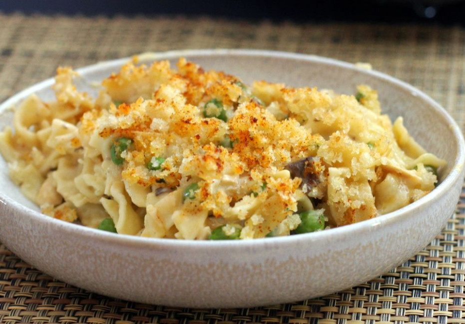 Easy Tuna Noodle Casserole Recipe With Cheddar Cheese