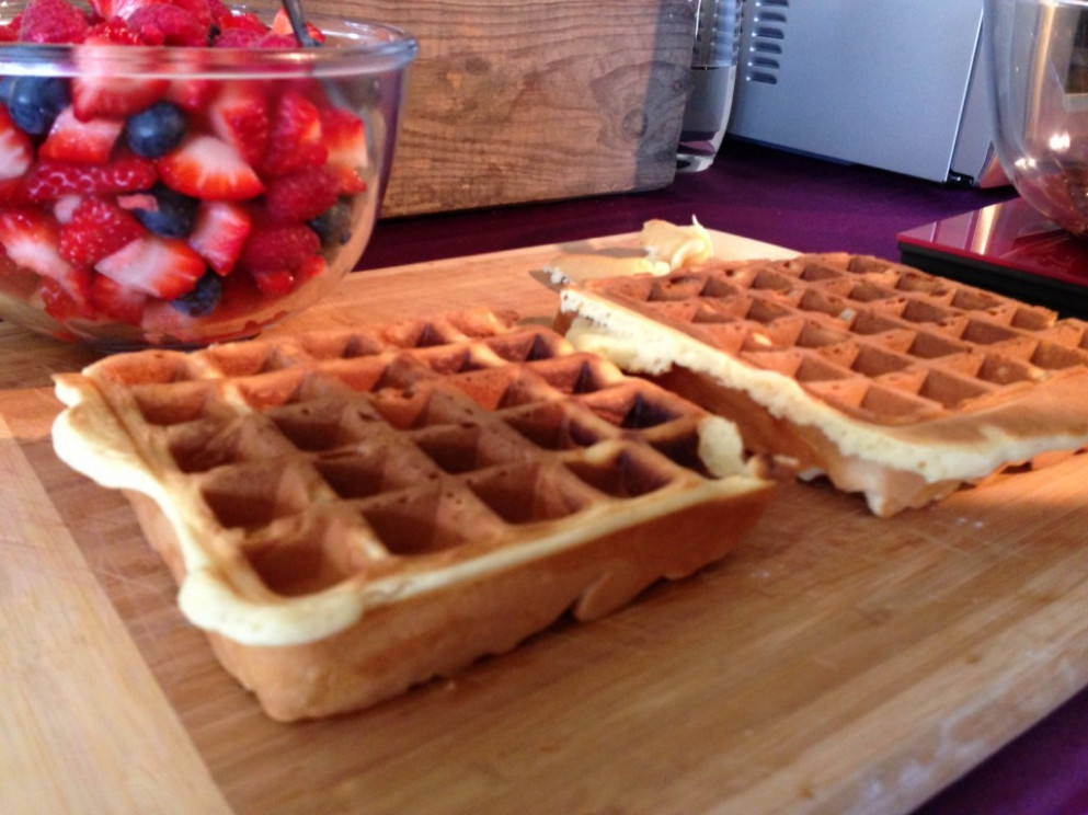 Easy waffle recipe for the awesome new Breville waffle ...