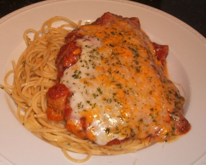 Fast and Easy Chicken Parmesan | Facebook, Chicken ...