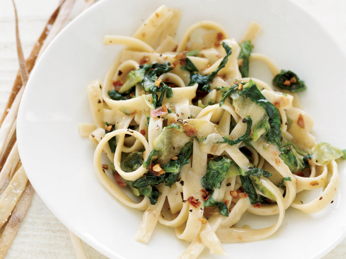Fettuccine with Escarole and Brie Recipe - Grace Parisi ...