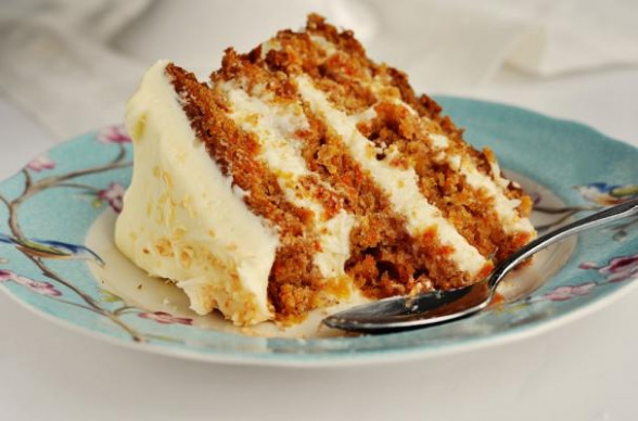 Foodista | Mouth-Watering Hawaiian Carrot Cake with ...