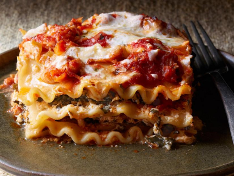 Four Cheese-Chicken Lasagna Recipe | Food Network Kitchen ...