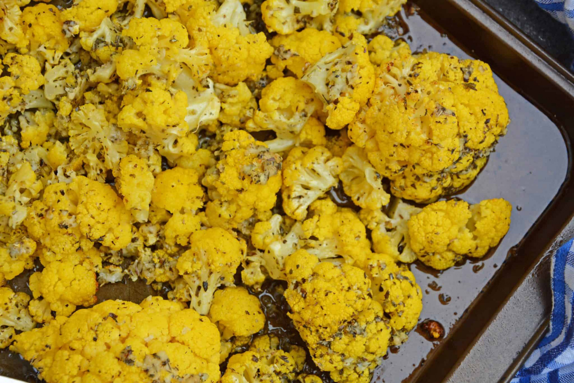 Garlic Parmesan Roasted Cauliflower