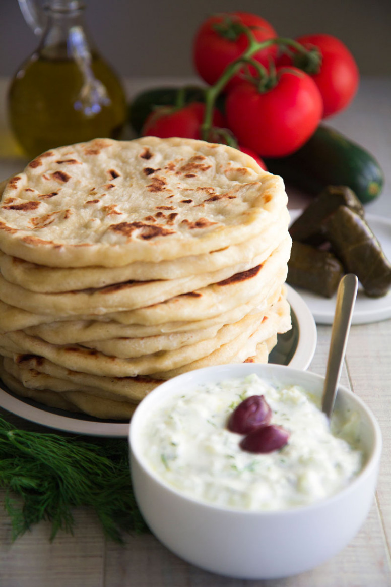 GREEK PITA BREAD RECIPE - easy and tasty! - philosokitchen