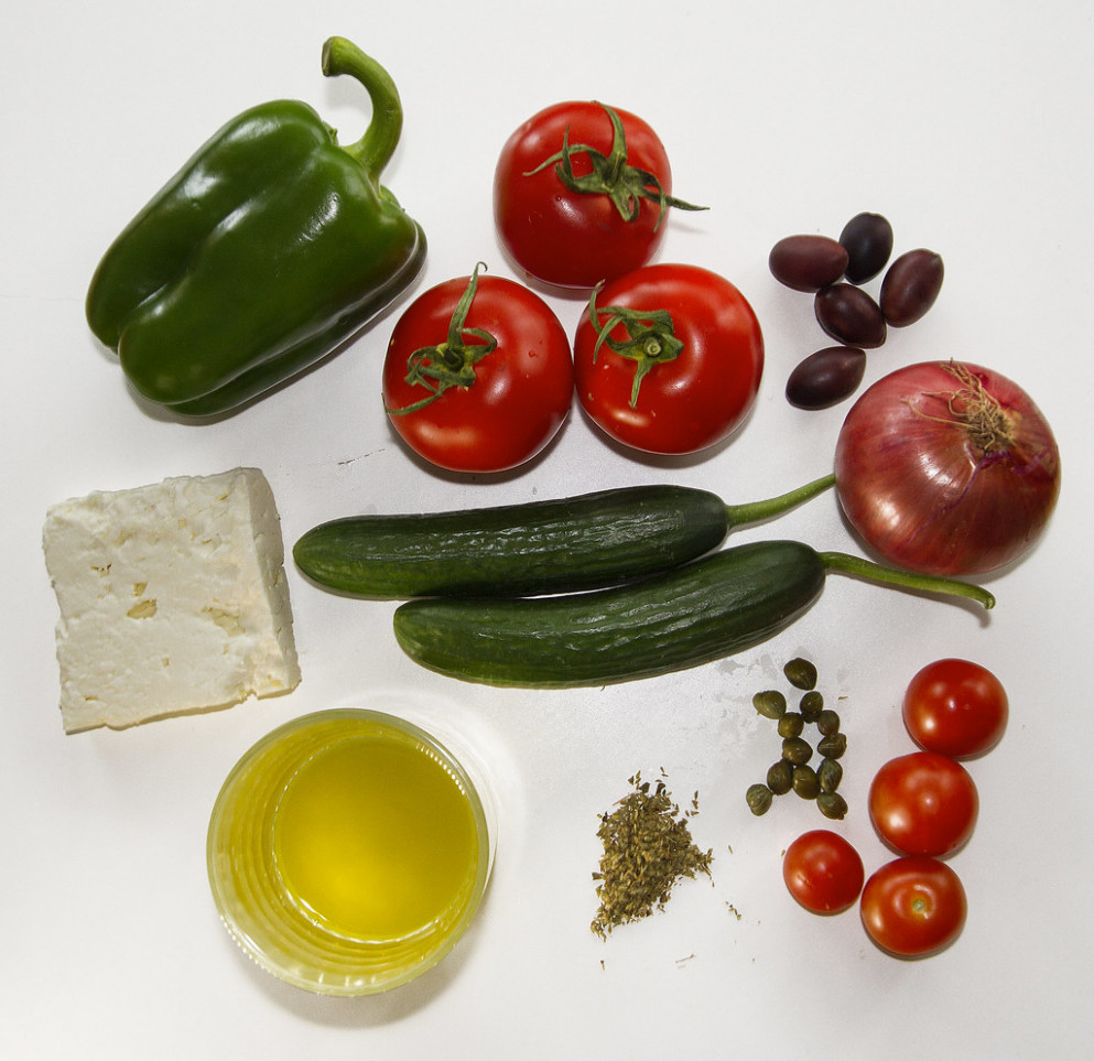 Greek salad ingredients