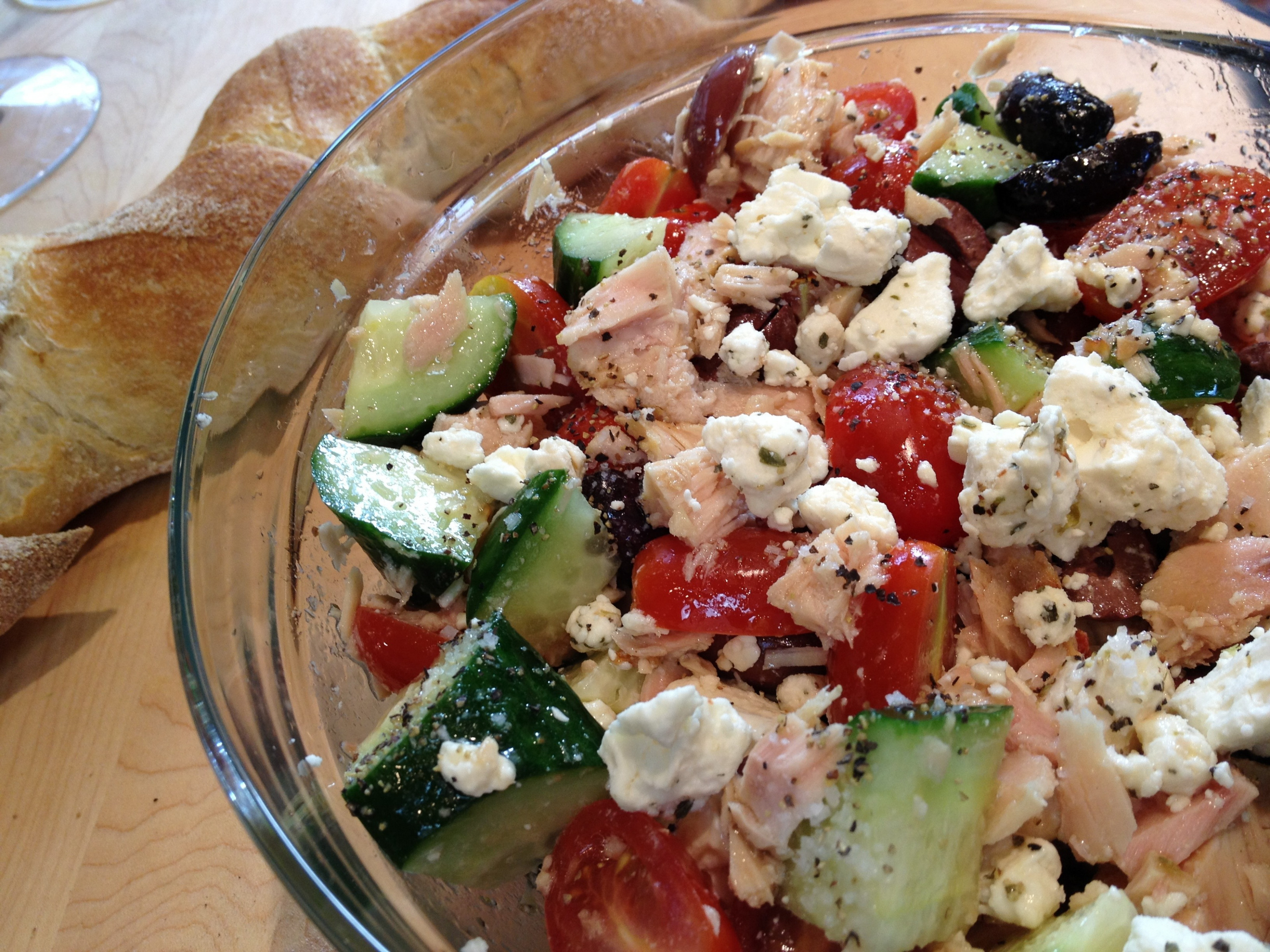 Greek Tuna Salad | The Brown Lounge